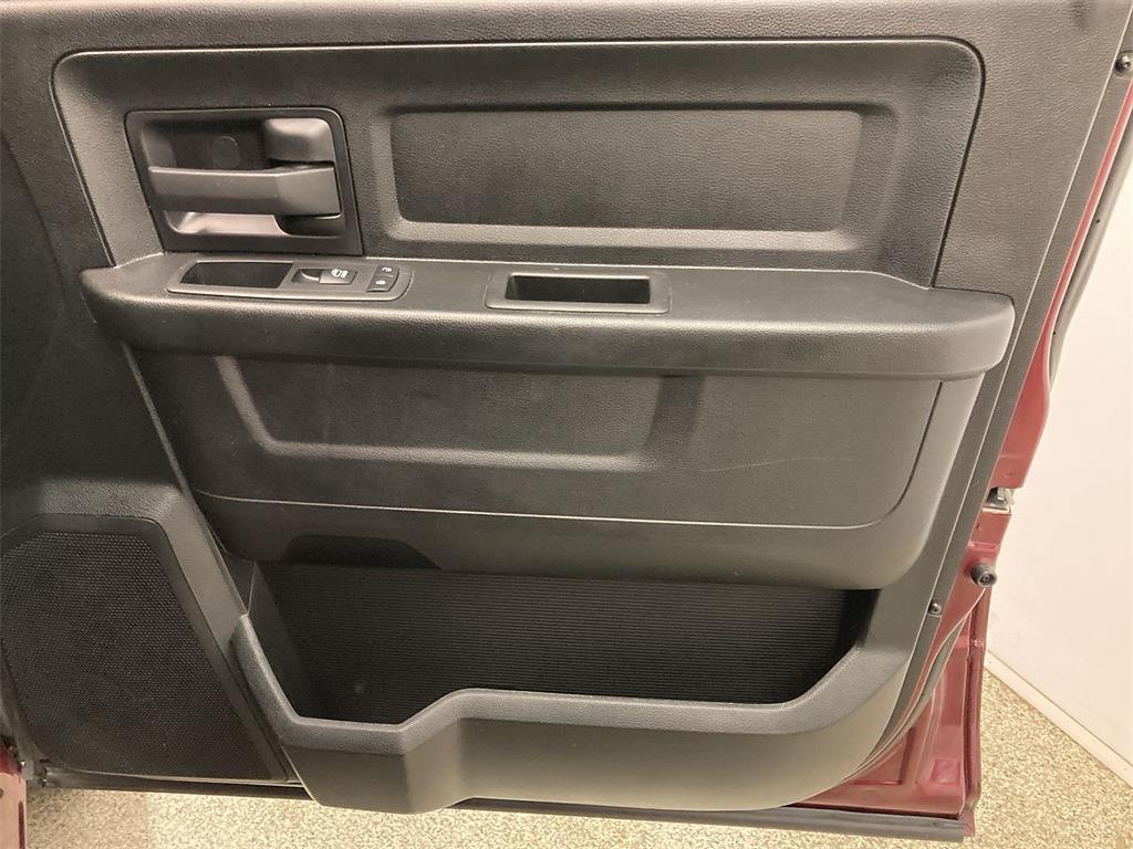 2018 Ram 1500 Crew Cab 4x4, Pickup #JP28852 - photo 14