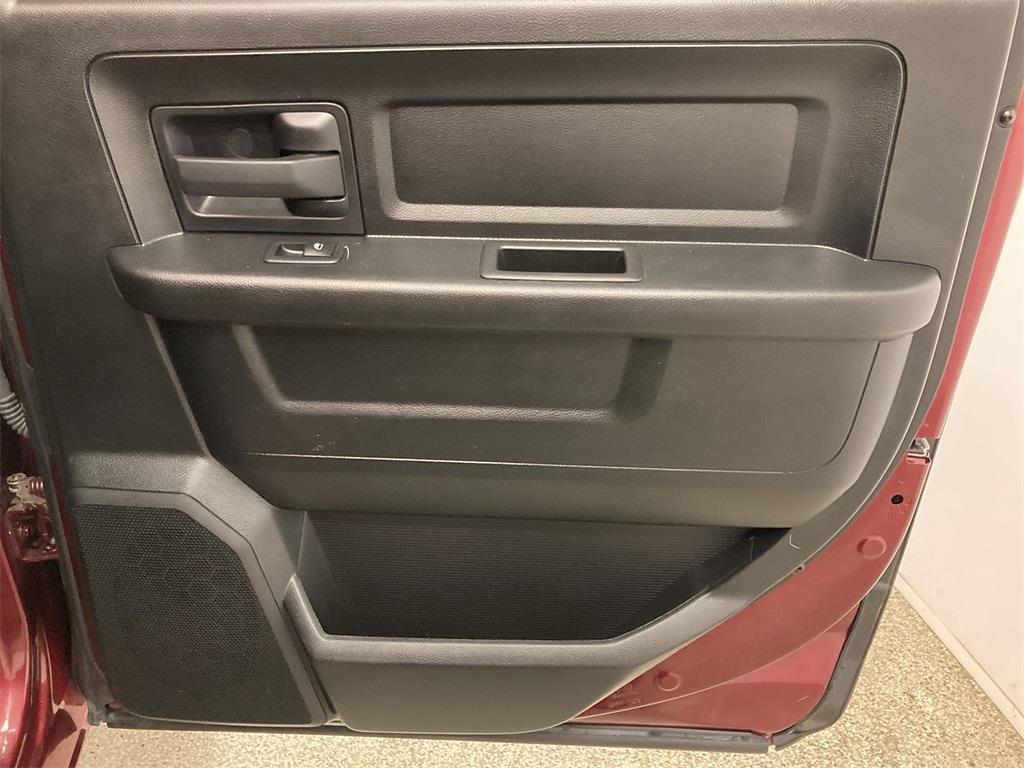 2018 Ram 1500 Crew Cab 4x4, Pickup #JP28852 - photo 16