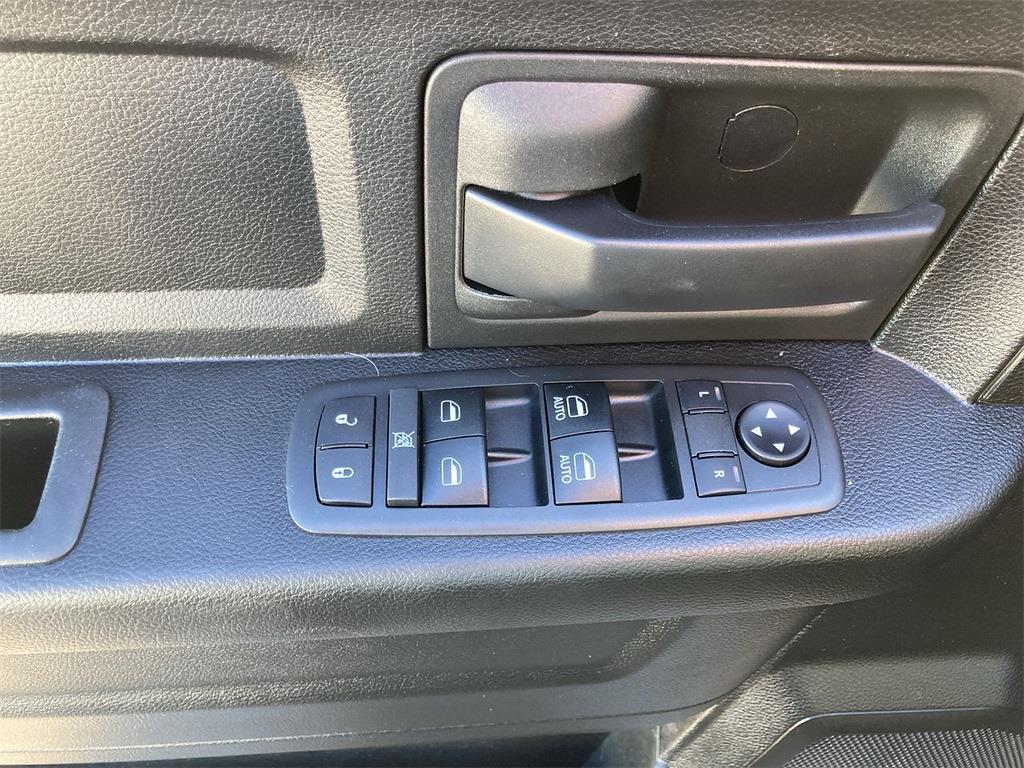 2019 Ram 1500 Quad Cab 4x4, Pickup #JP28853 - photo 26