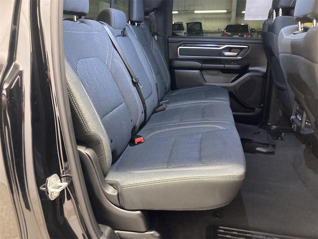 2019 Ram 1500 Crew Cab 4x4, Pickup #JP28924 - photo 16