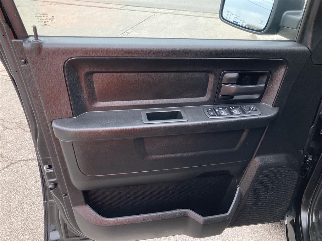 2019 Ram 1500 Quad Cab 4x4, Pickup #JP28994 - photo 23