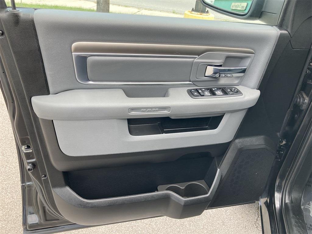 2018 Ram 1500 Quad Cab 4x4, Pickup #JP29167 - photo 24