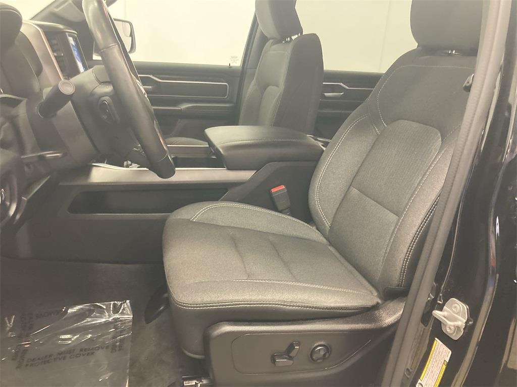 2019 Ram 1500 Crew Cab 4x4, Pickup #JP29169 - photo 23