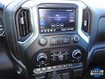 2021 Chevrolet Silverado 1500 Crew Cab 4x4, Pickup #BR102418 - photo 17