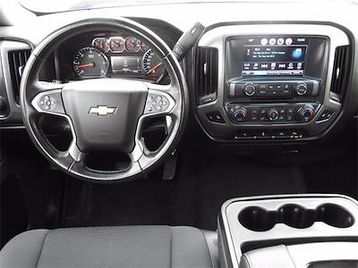 2018 Chevrolet Silverado 1500 Crew Cab 4x4, Pickup #BR141886 - photo 16