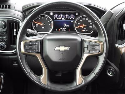 2019 Chevrolet Silverado 1500 Crew Cab 4x4, Pickup #BR191798 - photo 17