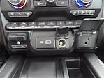 2019 Chevrolet Silverado 1500 Crew Cab 4x4, Pickup #BR191798 - photo 24