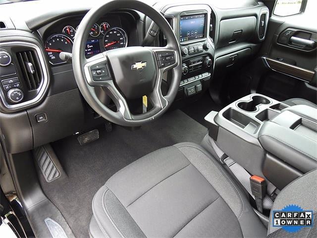 2020 Chevrolet Silverado 1500 Crew Cab 4x2, Pickup #BR201223 - photo 13