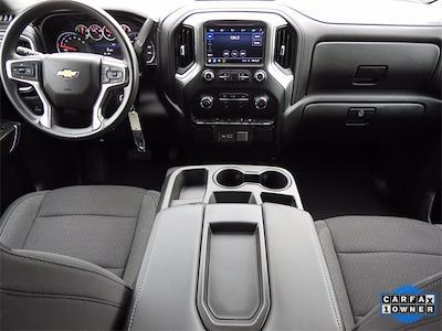 2020 Chevrolet Silverado 1500 Crew Cab 4x2, Pickup #BR201223 - photo 14