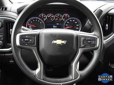 2020 Chevrolet Silverado 1500 Crew Cab 4x2, Pickup #BR201223 - photo 16