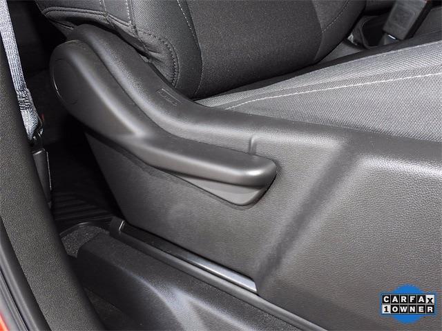 2020 Chevrolet Silverado 1500 Crew Cab 4x2, Pickup #BR337754 - photo 32