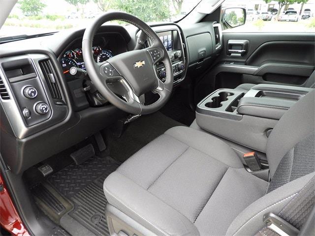 2017 Chevrolet Silverado 1500 Crew Cab 4x4, Pickup #BR363173 - photo 13