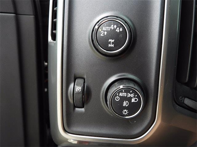 2017 Chevrolet Silverado 1500 Crew Cab 4x4, Pickup #BR363173 - photo 24