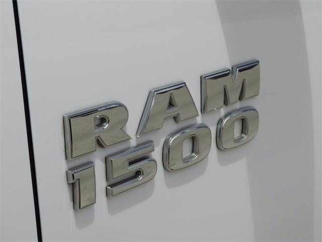 2016 Ram 1500 Crew Cab 4x2, Pickup #GS107830 - photo 6