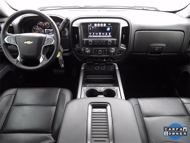 2017 Chevrolet Silverado 1500 Crew Cab 4x4, Pickup #HG380888 - photo 18