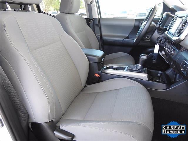 2017 Toyota Tacoma Double Cab 4x4, Pickup #HX094231 - photo 29
