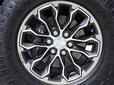 2018 Chevrolet Colorado Crew Cab 4x4, Pickup #J1270771 - photo 12