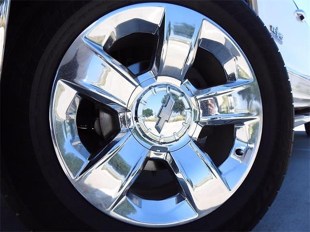 2018 Chevrolet Silverado 1500 Crew Cab 4x2, Pickup #JB155969 - photo 2