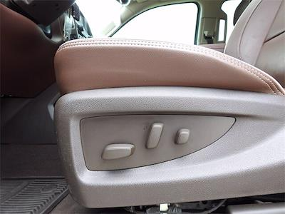 2018 Chevrolet Silverado 1500 Crew Cab 4x4, Pickup #JG603631 - photo 30