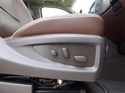 2018 Chevrolet Silverado 1500 Crew Cab 4x4, Pickup #JG603631 - photo 32