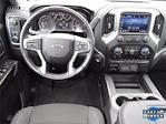 2020 Chevrolet Silverado 1500 Crew Cab 4x4, Pickup #LG402420 - photo 14