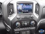2020 Chevrolet Silverado 1500 Crew Cab 4x4, Pickup #LG402420 - photo 19