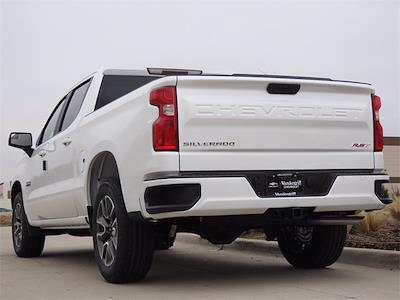 2021 Chevrolet Silverado 1500 Crew Cab 4x2, Pickup #MG215771 - photo 2