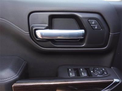 2021 Chevrolet Silverado 1500 Crew Cab 4x2, Pickup #MG321184 - photo 24
