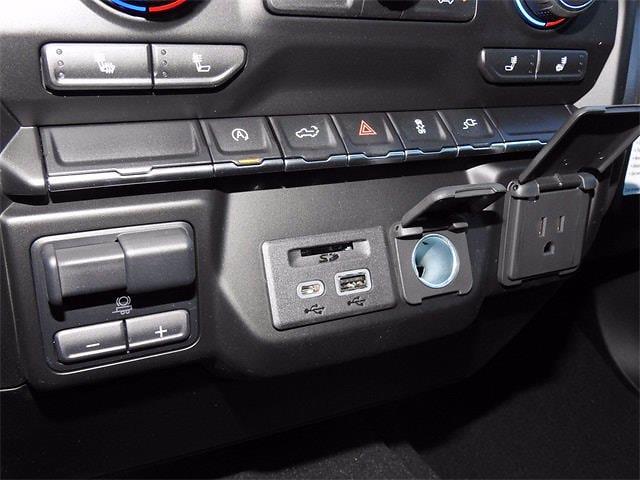 2021 Chevrolet Silverado 1500 Crew Cab 4x2, Pickup #MG321238 - photo 20