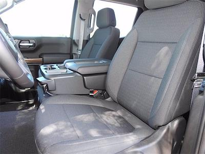 2021 Chevrolet Silverado 1500 Crew Cab 4x2, Pickup #MG321238 - photo 24