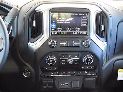 2021 Chevrolet Silverado 1500 Crew Cab 4x4, Pickup #MG322943 - photo 17