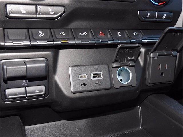 2021 Chevrolet Silverado 1500 Crew Cab 4x4, Pickup #MG328630 - photo 20