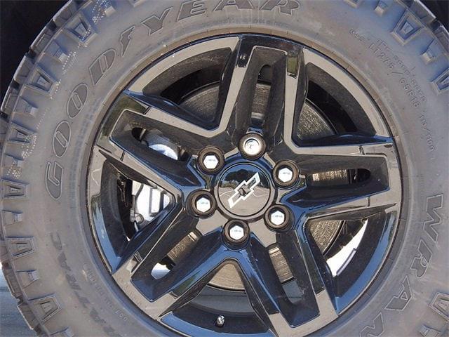 2021 Chevrolet Silverado 1500 Crew Cab 4x4, Pickup #MG328630 - photo 9