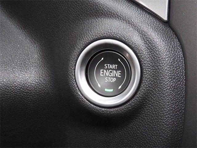 2021 Chevrolet Silverado 1500 Crew Cab 4x2, Pickup #MG329122 - photo 21