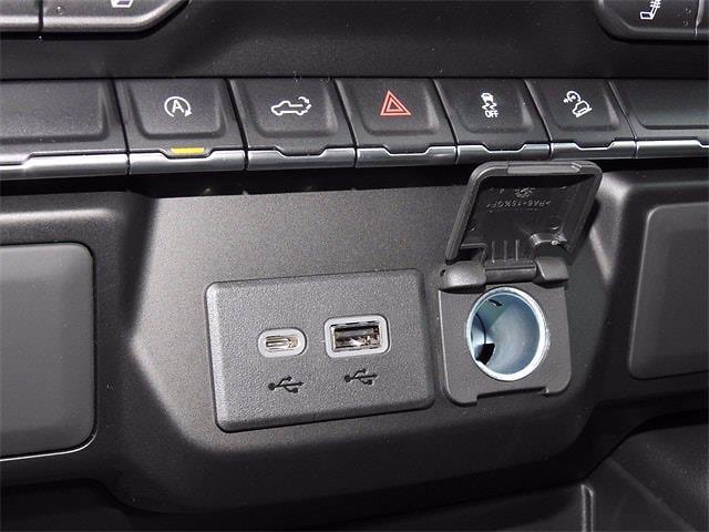 2021 Chevrolet Silverado 1500 Crew Cab 4x4, Pickup #MG332197 - photo 20