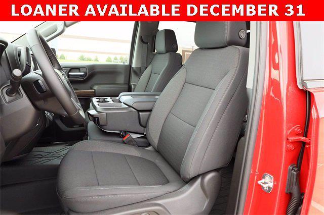 2021 Chevrolet Silverado 1500 Crew Cab 4x2, Pickup #MG363215 - photo 16