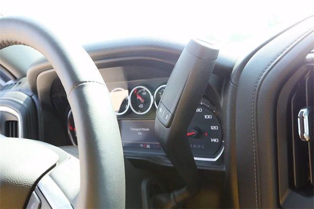 2021 Chevrolet Silverado 1500 Crew Cab 4x4, Pickup #MG382391 - photo 19