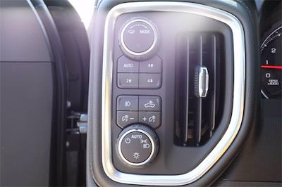 2021 Chevrolet Silverado 1500 Crew Cab 4x4, Pickup #MG382391 - photo 18