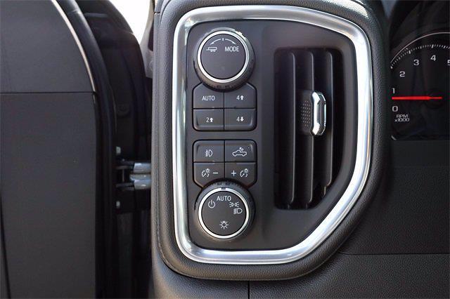 2021 Chevrolet Silverado 1500 Crew Cab 4x4, Pickup #MG391545 - photo 15