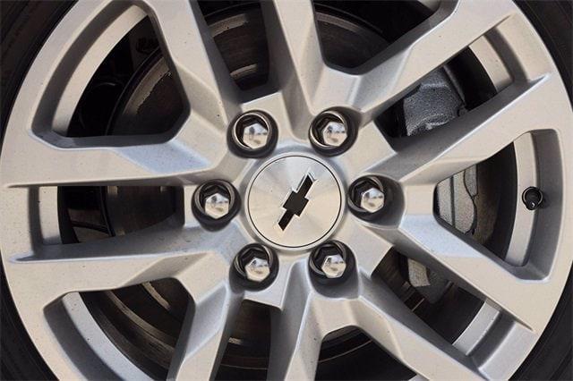 2021 Chevrolet Silverado 1500 Crew Cab 4x4, Pickup #MG409219 - photo 3
