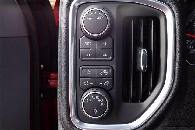 2021 Chevrolet Silverado 1500 Crew Cab 4x4, Pickup #MG410556 - photo 16