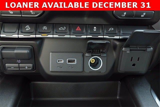 2021 Chevrolet Silverado 1500 Crew Cab 4x4, Pickup #MZ351605 - photo 20