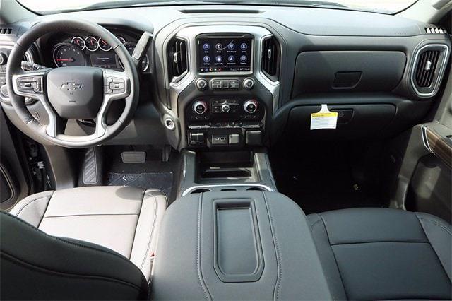 2021 Chevrolet Silverado 1500 Crew Cab 4x4, Pickup #MZ368863 - photo 9