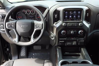 2021 Chevrolet Silverado 1500 Crew Cab 4x4, Pickup #MZ368863 - photo 10
