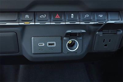 2021 Chevrolet Silverado 1500 Double Cab 4x2, Pickup #MZ374244 - photo 15
