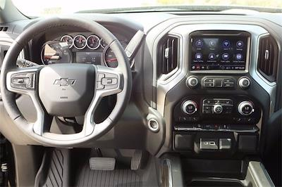 2021 Chevrolet Silverado 1500 Crew Cab 4x4, Pickup #MZ377402 - photo 10