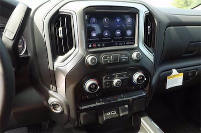 2021 Chevrolet Silverado 1500 Crew Cab 4x4, Pickup #MZ377402 - photo 12