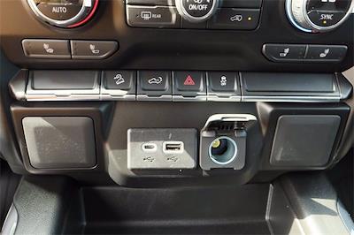 2021 Chevrolet Silverado 1500 Crew Cab 4x4, Pickup #MZ377402 - photo 15