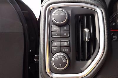 2021 Chevrolet Silverado 1500 Crew Cab 4x4, Pickup #MZ377402 - photo 17