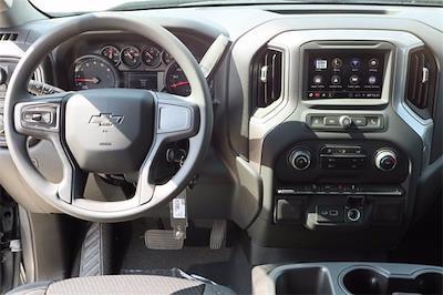 2021 Chevrolet Silverado 1500 Crew Cab 4x4, Pickup #MZ382907 - photo 10
